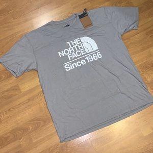 NWT The North Face Field TB Tee T-Shirt, Gray, XL